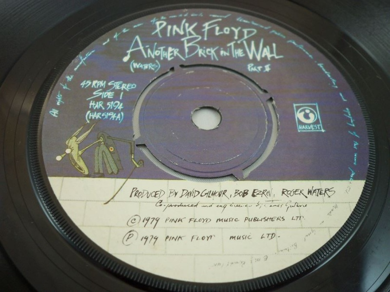 PinkFloyd AnotherBrickInTheWallPartII1